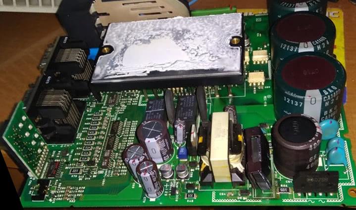ремонт частотного преобразователя Mitsubishi MR-J2S-100A-S046 привода револьверной головы